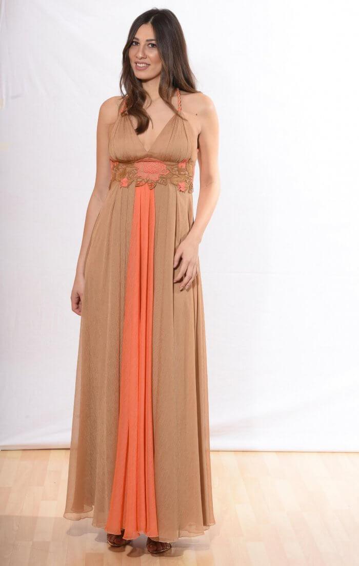Βραδινό μάξι αέρινο φόρεμα σε σοκολατί και σομόν αποχρώσεις με μοτίφ λουλούδι