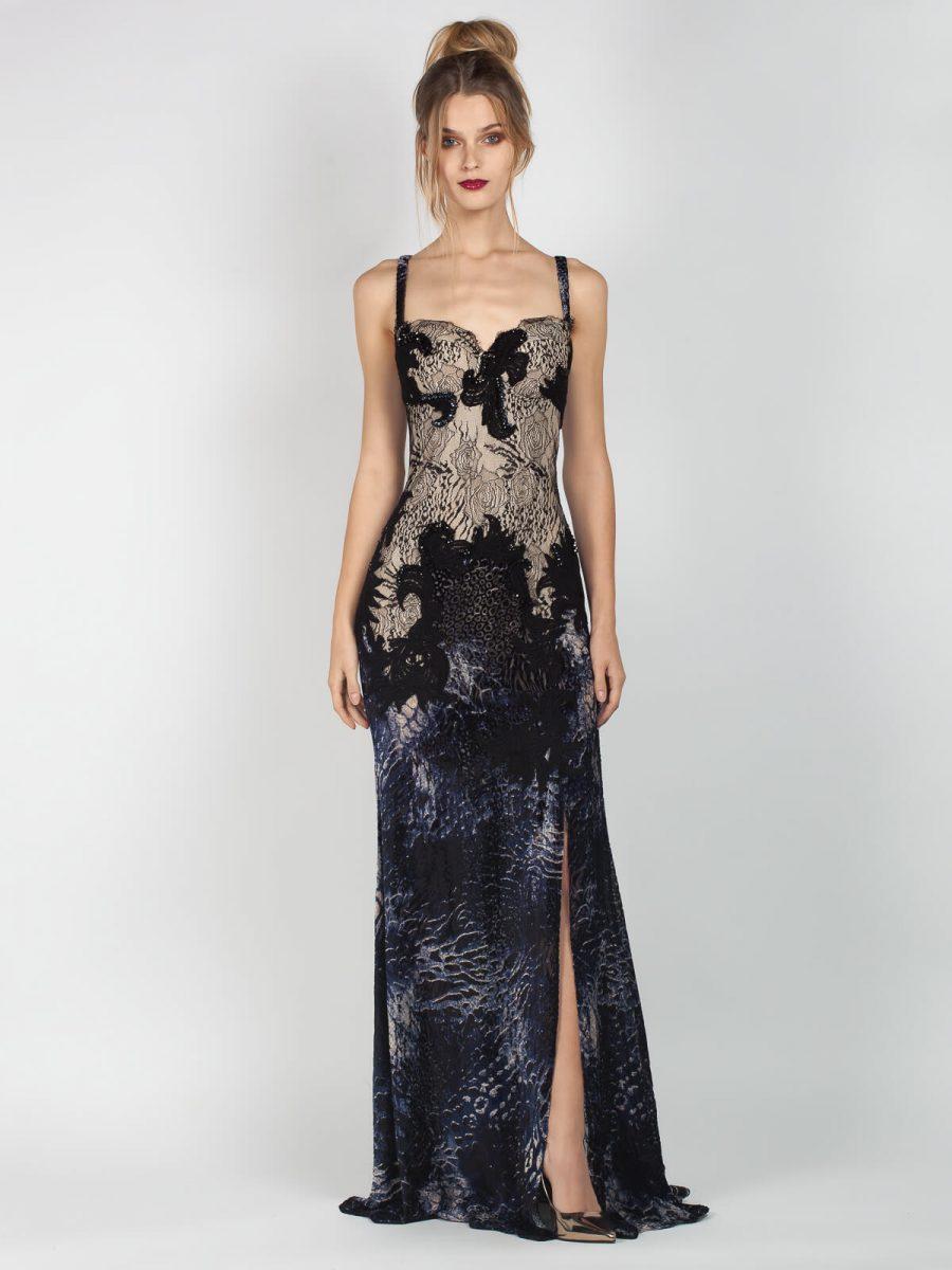 b4a236e2df38 Βραδινή τουαλέτα φορέματος από ύφασμα βελούδο με μικρές διαφάνειες